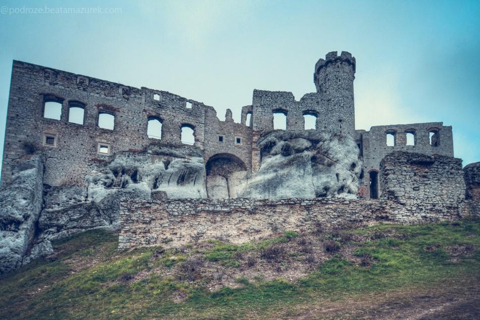 zamek_ogrodzieniec_11